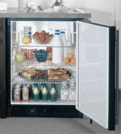 With An Impressive 5 4 Cubic Foot Capacity The 6ada Undercounter Refrigerator Manages To Fit In All Features And Quality Of Top Models