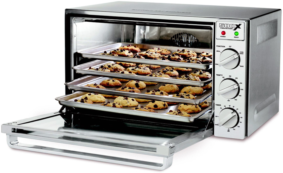 a Single Wall Oven with EvenHeat True Convection