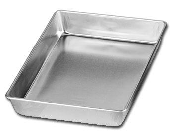 Sheet Cake Pan With Metal Lid