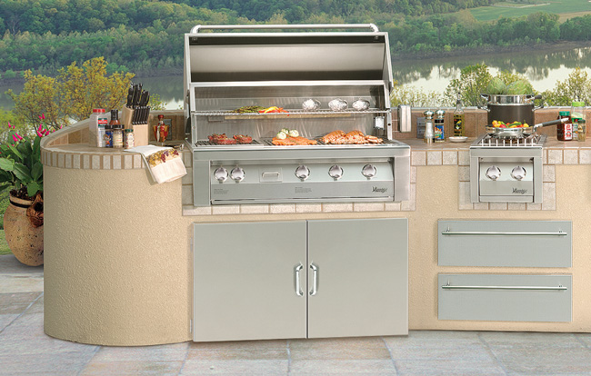 Vintage grills and outdoor kitchen appliances for Outdoor kitchen equipment